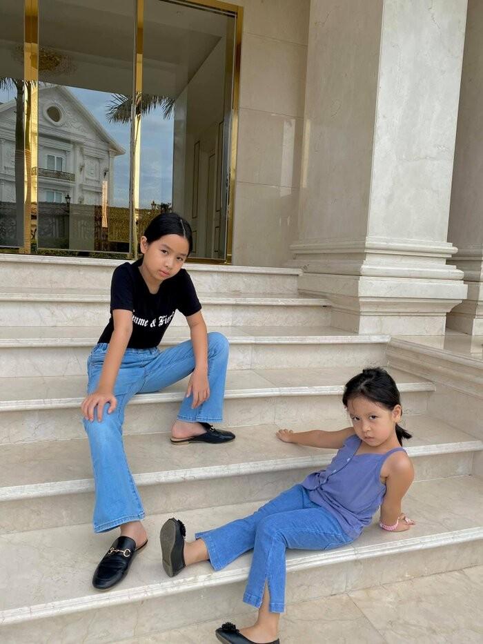 Luu Huong Giang bi con gai
