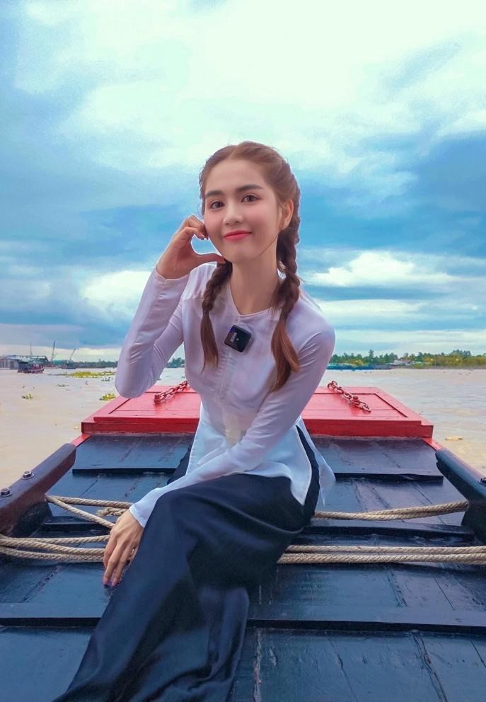 """Chet cuoi Cong Ly tao dang """"pha dam"""" ben Xuan Bac, Van Dung-Hinh-10"""