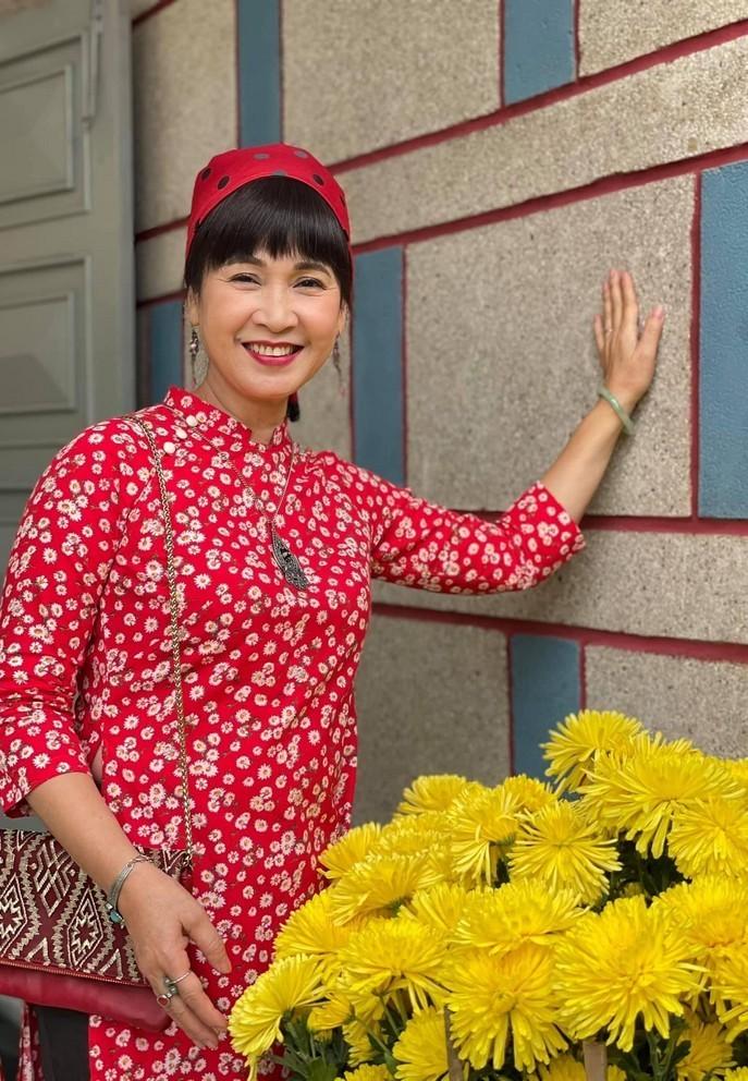 NSND Tu Long danh loi ngot ngao den vo kem 12 tuoi-Hinh-5