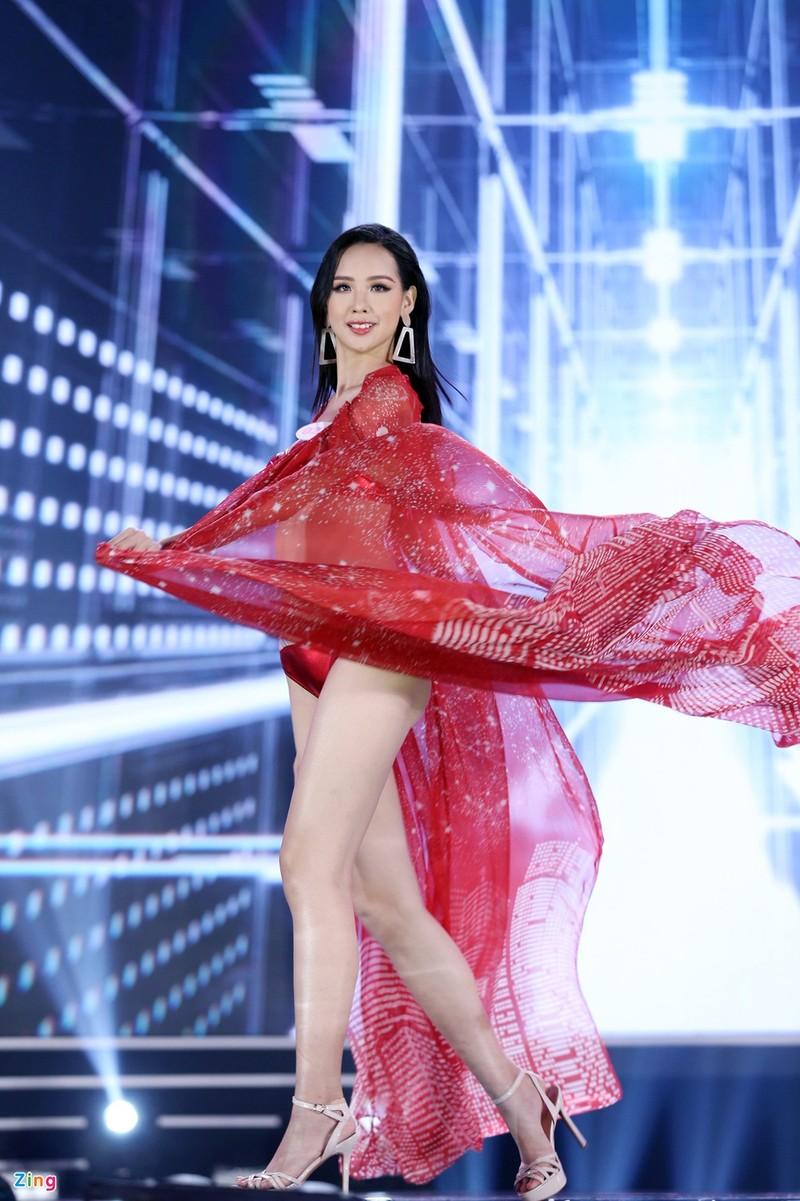 Doan Hai My va loat thi sinh gay tiec nuoi o Hoa hau Viet Nam-Hinh-13