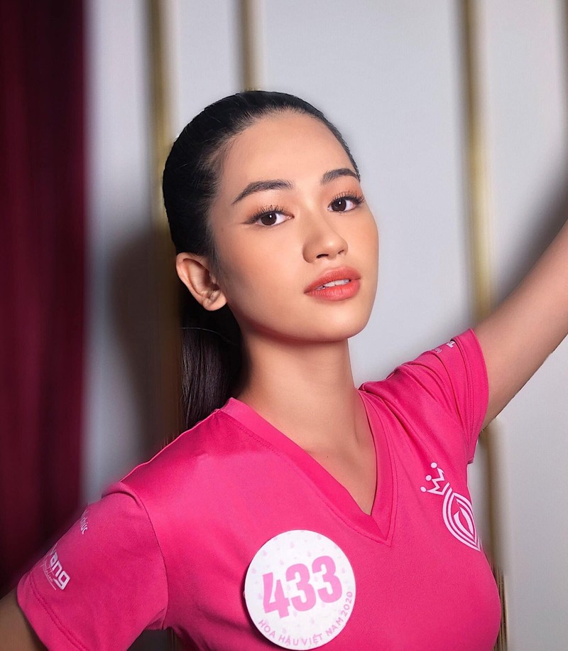 Doan Hai My va loat thi sinh gay tiec nuoi o Hoa hau Viet Nam-Hinh-3