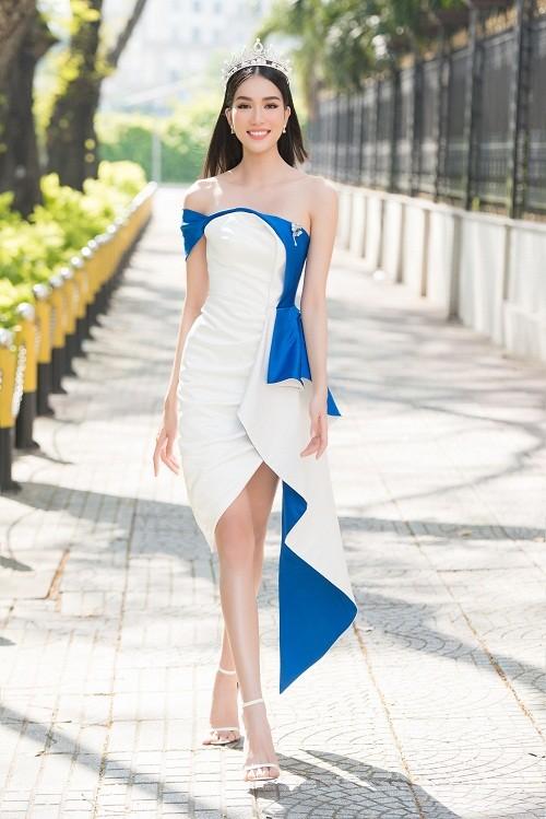 Fan quoc te du doan A hau Phuong Anh dang quang Miss International-Hinh-7