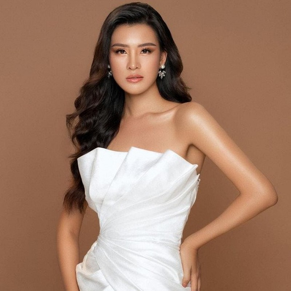Thai Thi Hoa noi gi khi truot top 20 Hoa hau Trai dat 2020?-Hinh-3