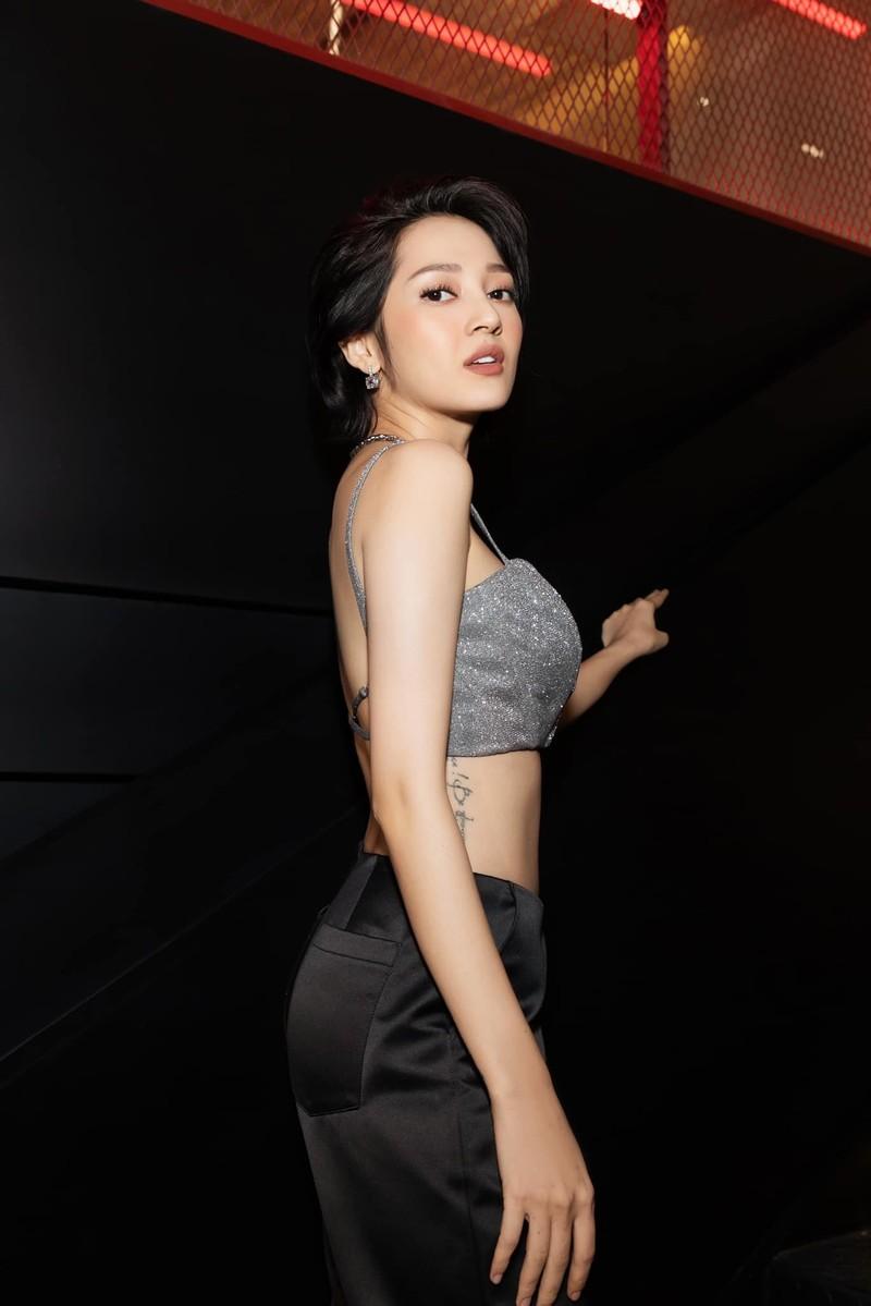 Mai Phuong Thuy nam vien, Noo Phuoc Thinh binh luan gay chu y-Hinh-7