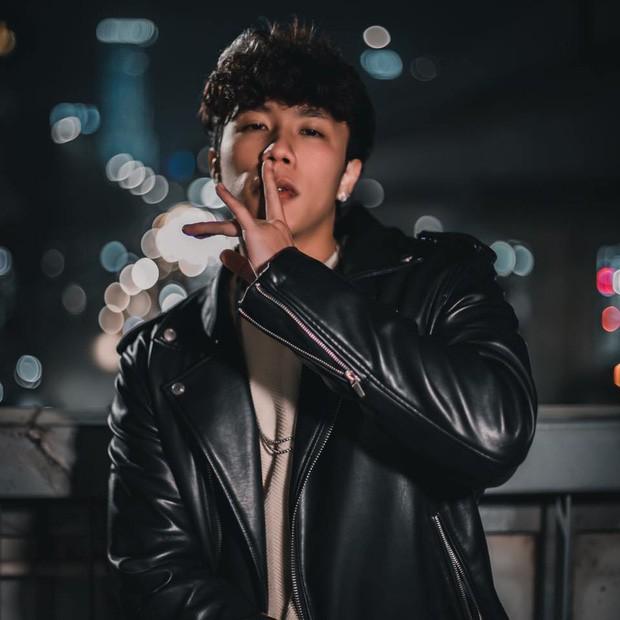 Ngo ngang truoc ngoai hinh nhu hot boy cua con trai Van Dung-Hinh-3