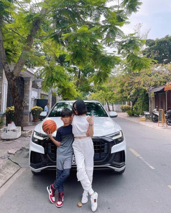 Con trai Le Quyen: Di choi tren sieu xe Audi, chan mang Air Jordan-Hinh-3