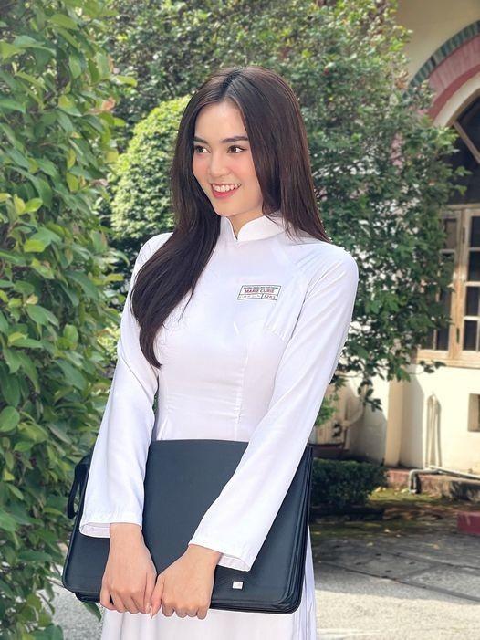 Thuy Tien khoe anh goi cam, khen ong xa Cong Vinh chup dep-Hinh-8