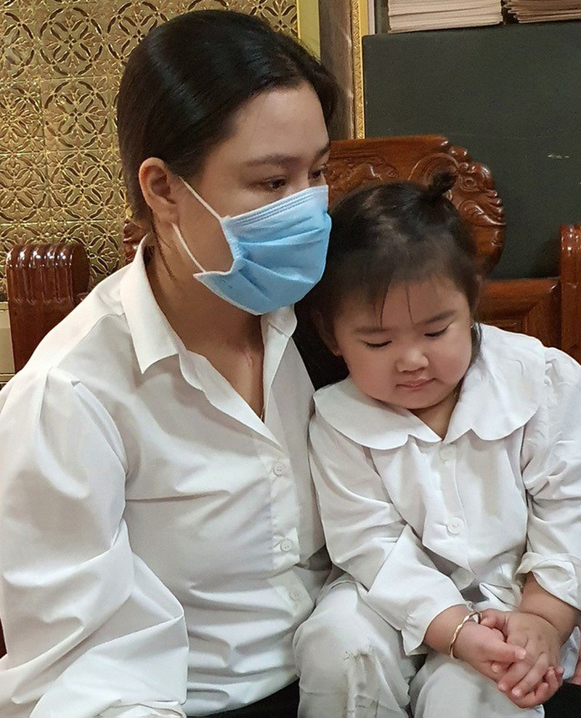 Helen bi nghi khong phai con Van Quang Long, Linh Lan noi gi?-Hinh-4