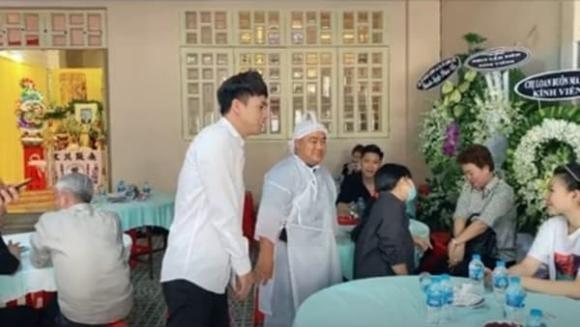 Ho Quang Hieu bi chi trich tuoi cuoi trong dam tang bo Hieu Hien-Hinh-3