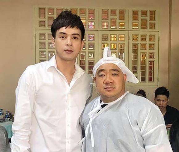 Ho Quang Hieu bi chi trich tuoi cuoi trong dam tang bo Hieu Hien-Hinh-7