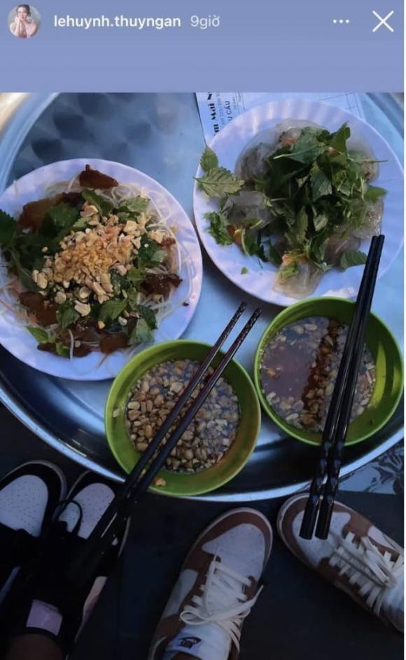 Thuy Ngan duoc tang bo hoa toan tien do, fan goi ten Truong The Vinh-Hinh-2