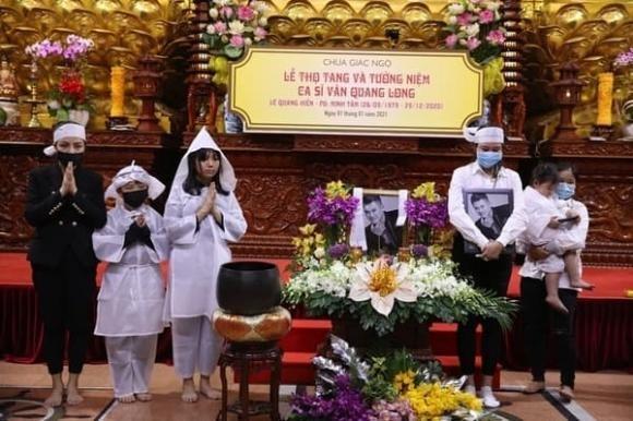 Ba me Van Quang Long tung bang chung Linh Lan gia mao nhan than