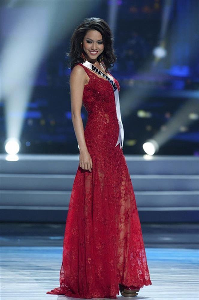 Nguoi dep choi xau Hoang My tai Miss Universe 2011 la ai?-Hinh-2