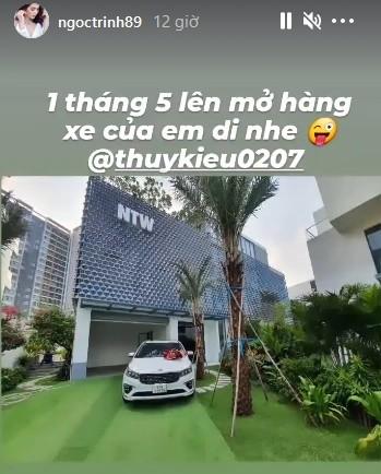 Ngoc Trinh tang xe tien ty cho giup viec Thuy Kieu dung 1/5-Hinh-2
