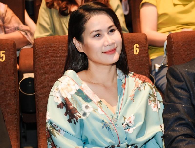 Than Thuy Ha len tieng ve tin giat vai dien cua Yen Nhi