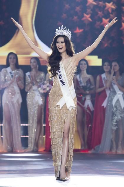 Dieu thu vi ve bo dam Khanh Van mac trong chung ket Miss Universe 2020-Hinh-5