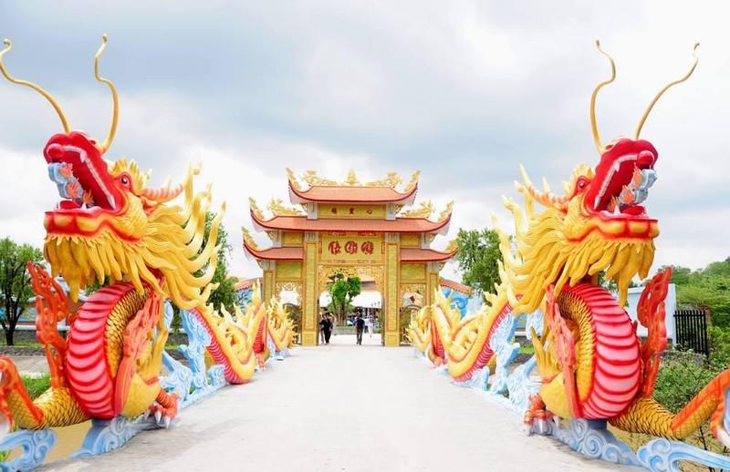 Su that Den tho To nghiep cua Hoai Linh bi Google Maps doi ten-Hinh-5