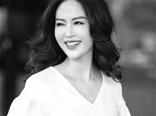 GS Ngo Bao Chau gui loi xin loi muon mang toi Hoa hau Thu Thuy