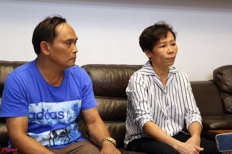 Ho Van Cuong 2 lan dung ra xin loi vi so cong an bat?-Hinh-2