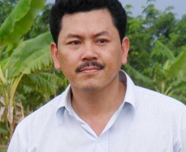 Su that buc anh Phan Dinh Tung duoc Vo Hoang Yen chua benh-Hinh-3