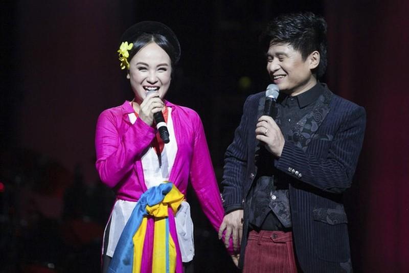 Vo chong Tan Minh - Thu Huyen duoc xet tang danh hieu NSND