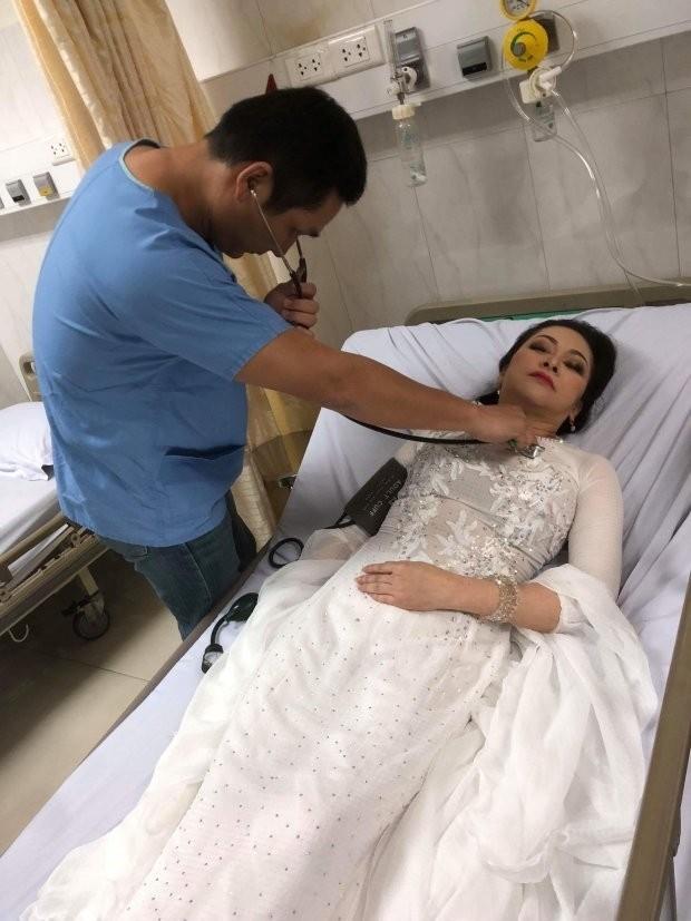 Ca si Nhu Quynh bi khoi u trong nao-Hinh-2