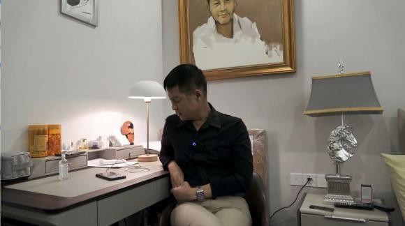 Le Hoang tiet lo nam MC noi tieng co