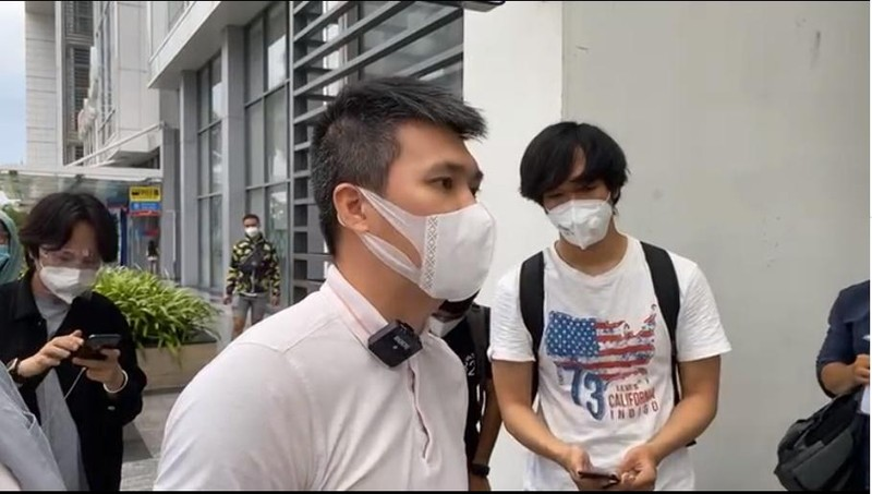 "Outfit di sao ke: Cong Vinh ""keo khoa quan"", Thuy Tien xinh het nac-Hinh-10"