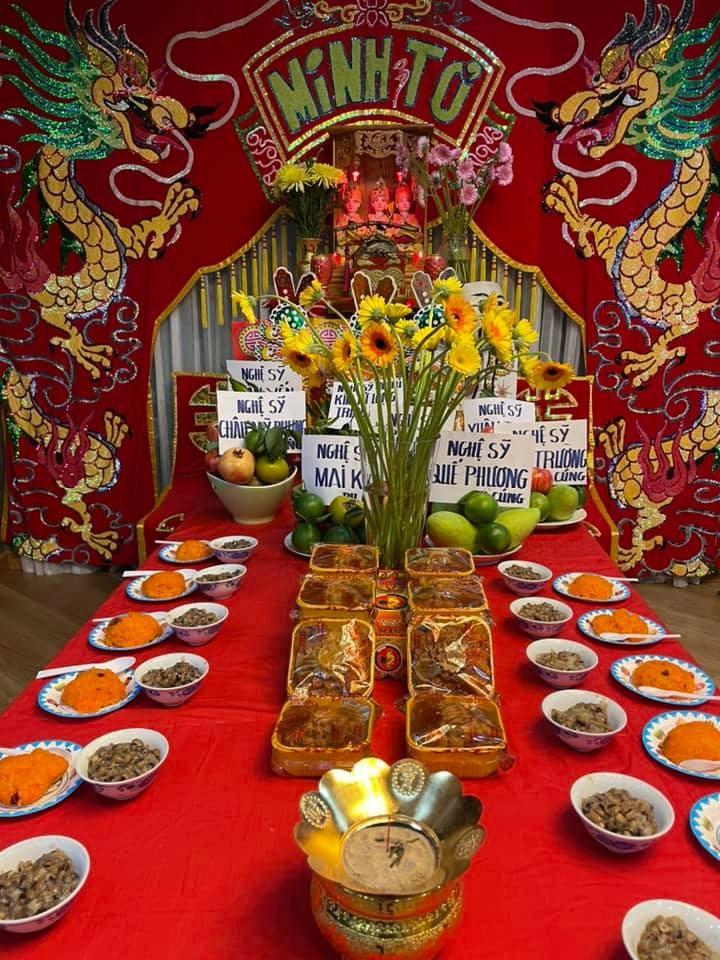 Dam Vinh Hung cung To nghe hoanh trang, cau toa sang them 10 nam-Hinh-4