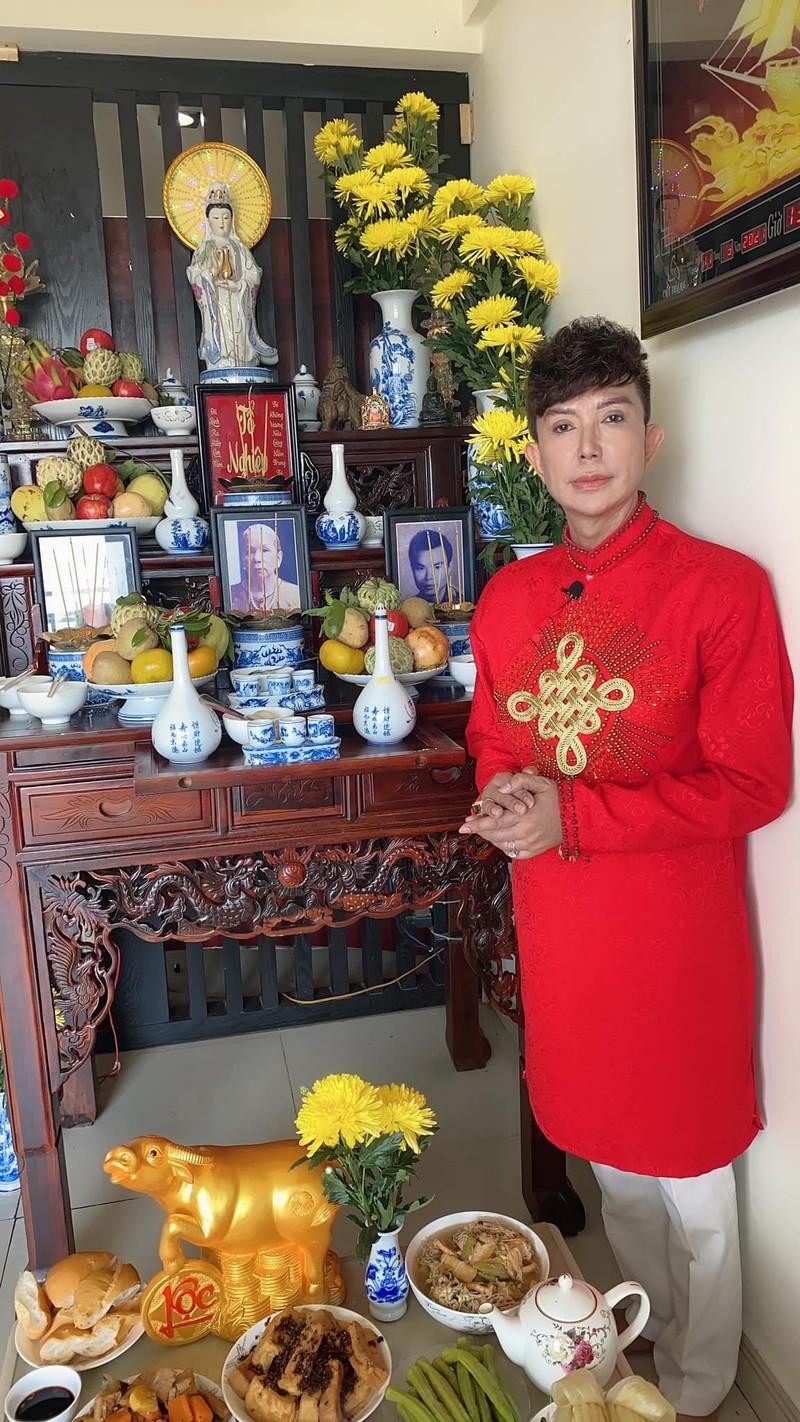 Dam Vinh Hung cung To nghe hoanh trang, cau toa sang them 10 nam-Hinh-5