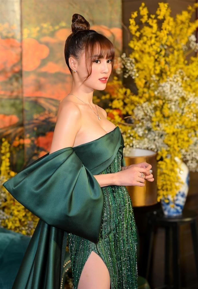 Vong 1 cua Lan Ngoc troi sut that thuong het Ngoc Trinh-Hinh-7