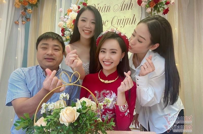 MC Xuan Anh thoi tiet VTV xinh dep trong le an hoi-Hinh-3