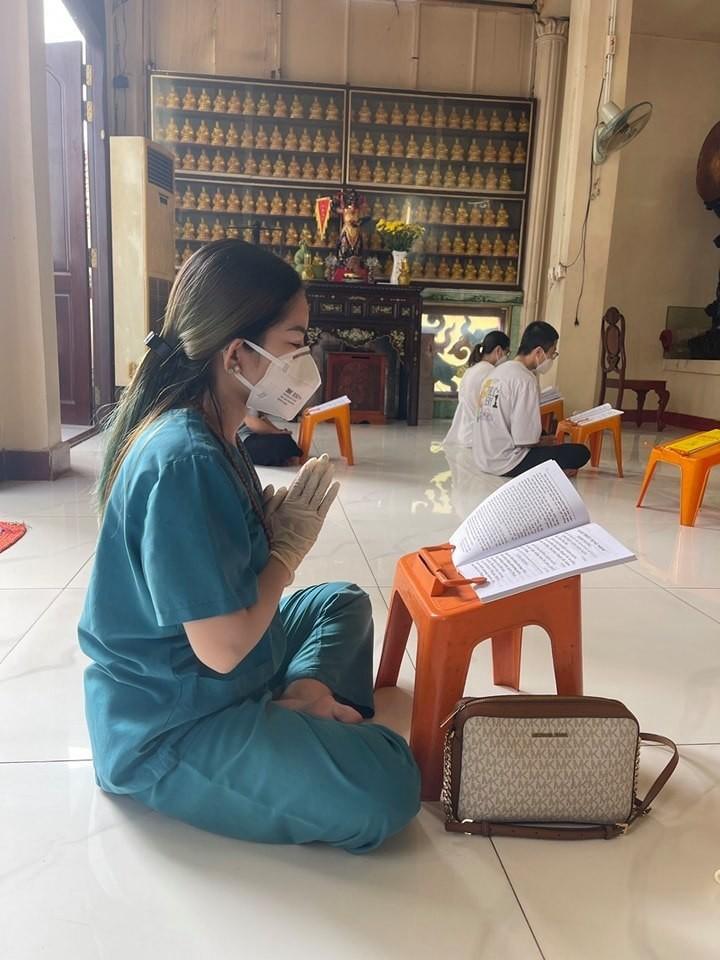 NSND Tu Long, Minh Tiep tan huong Trung thu am ap ben vo con-Hinh-14