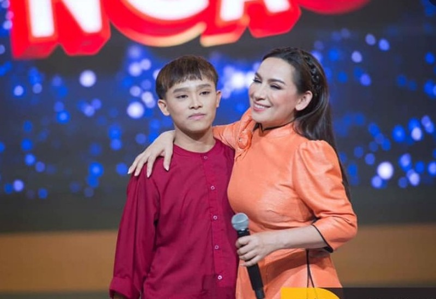 Ly do Ho Van Cuong im lang khi me nuoi Phi Nhung nam vien