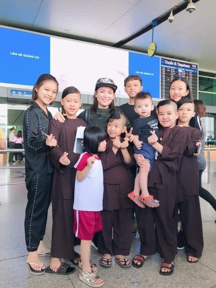 Xot long tam nguyen cua Phi Nhung danh cho 23 con nuoi