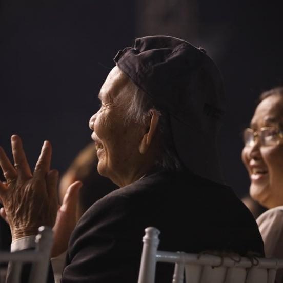 Mr.Dam, Ha Ho va dan sao thuong tiec bo nghe si Hoai Linh
