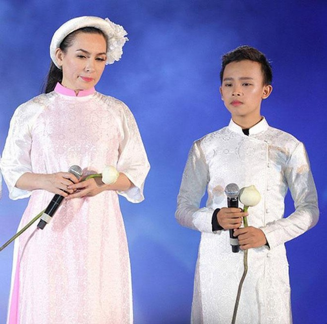 MC Ky Duyen cam doan Phi Nhung khong loi dung Ho Van Cuong-Hinh-3