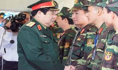 Dai tuong Phung Quang Thanh bat dau lam viec tu thu Hai toi
