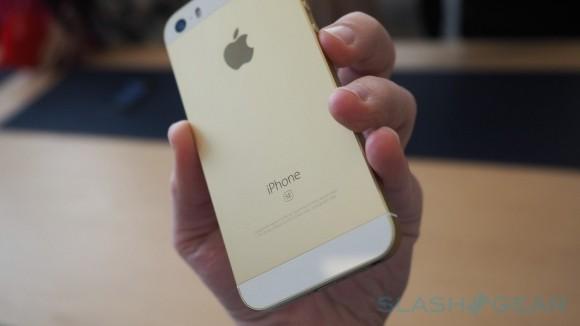 iPhone SE ve Viet Nam co gia nhu the nao?