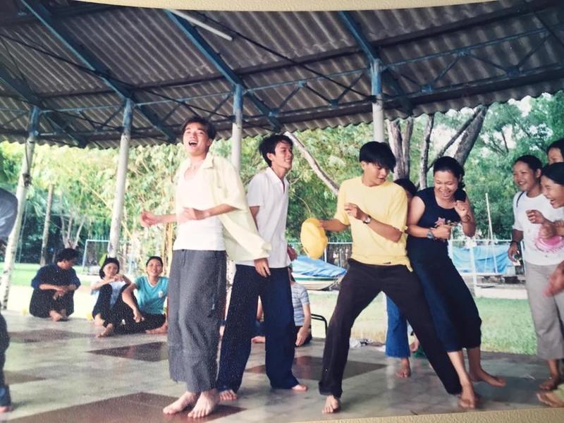 """Dam Vinh Hung cung tung co mot thoi """"tre trau"""" nhu the!-Hinh-4"""