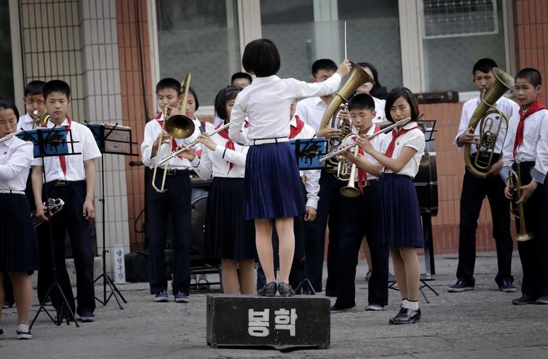 Tre em Trieu Tien duoc giao duc nhu the nao-Hinh-3
