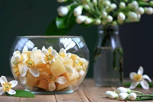 Mua hoa buoi no ro, chi em tu lam tinh dau hoa buoi tai nha-Hinh-2