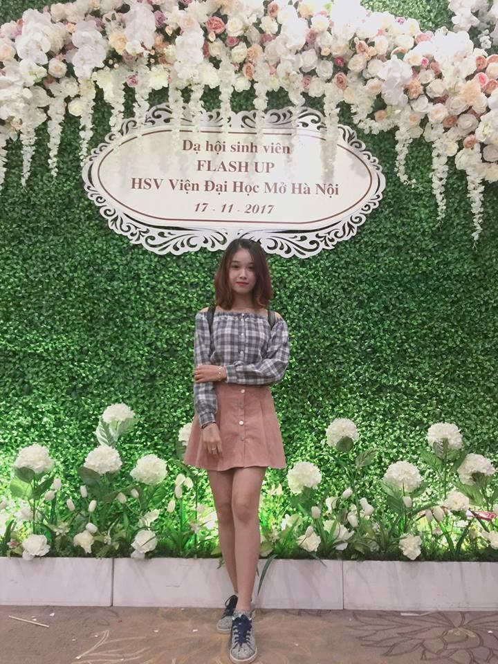 Gu thoi trang de thuong cua ban gai xinh dep cau thu Van Toan-Hinh-7