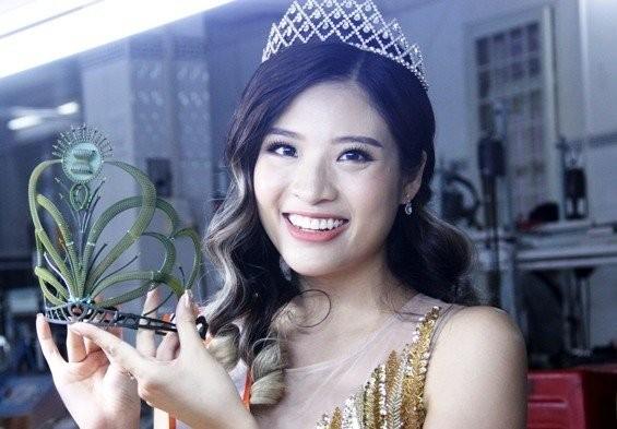 "HH Phan Hoang Thu: Nhieu nguoi thi sac dep de lay danh... ""di khach"""