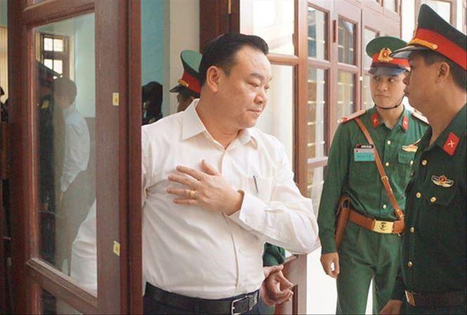 """Vu Ut """"troc"""": Chu tich bi bat, Tong Cty Thai Son gap kho?"""