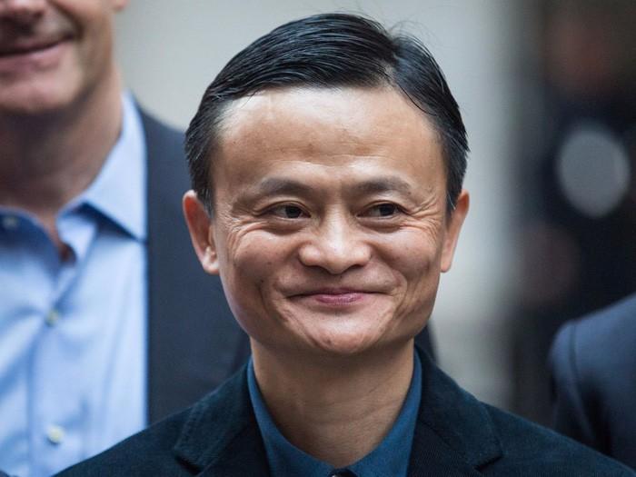 """""""Tien nhieu de lam gi"""" cua Dang Le Nguyen Vu va cach cac ty phu noi ve tien-Hinh-5"""