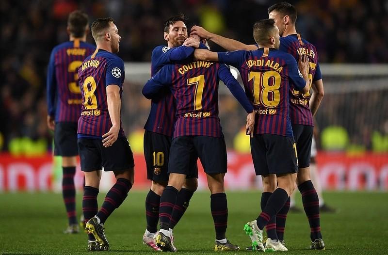 Messi choi sang, Barca tien MU roi Champions League-Hinh-4