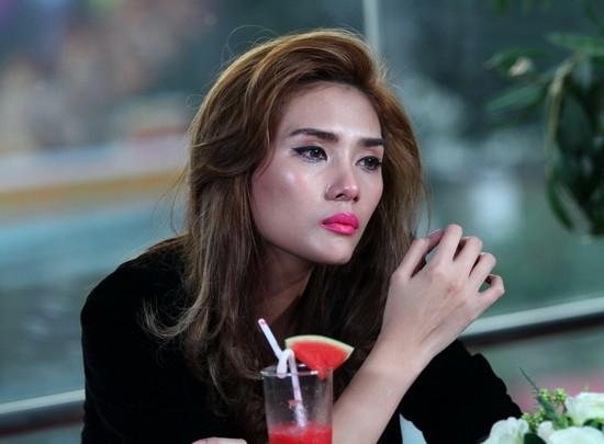 Benh viem than khien sieu mau Vo Hoang Yen nhap vien nguy hiem the nao?