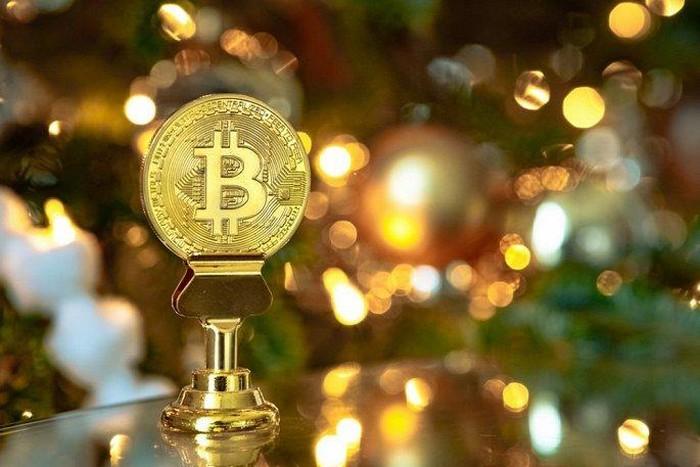 Giac mong tien ao sup do, Bitcoin giam gia tham hai