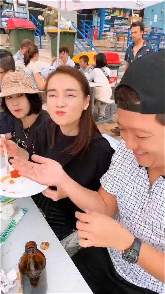 Tron con di hen ho, Truong Giang tinh tu bon an cho vo-Hinh-2